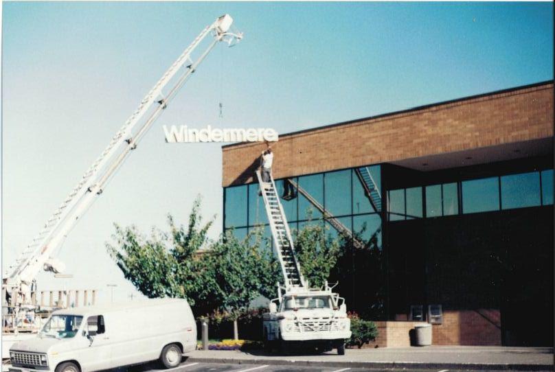 1987 Original Sign Installation